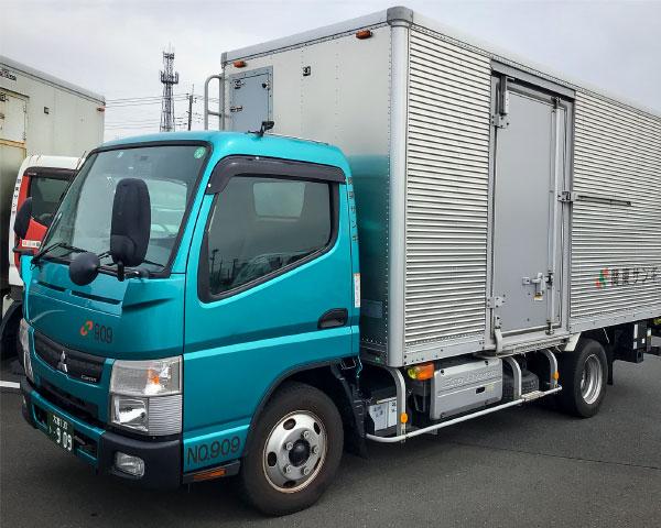 ハイブリッドトラック導入の写真