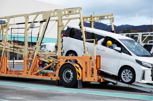 キャリアカー商品車運搬の画像
